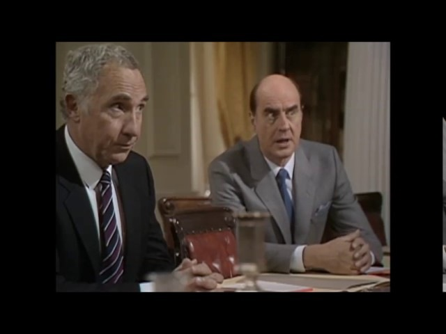 Yes Prime Minister - Official Secrets - Expelling the Russians