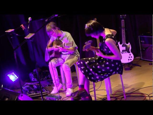 Guitar Duet by 張凱婷(小福氣) X Soni(GDJYB 雞蛋蒸肉餅) @「福氣吃雞蛋」音樂會 (2 Oct 2015)