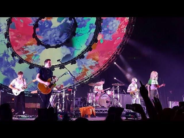 PARAMORE LIVE IN MELBOURNE 08/02/2018 - Ain't It Fun