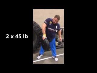 Alexey Tyukalov pinch grip 2 x 45lb LA FitExpo 2018
