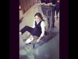 "Karol Sevilla🌻 on Instagram: ""#AventurasKS jajajajaja 🤣🤣🤣 ahora pienso que soy un carro 🚘"""