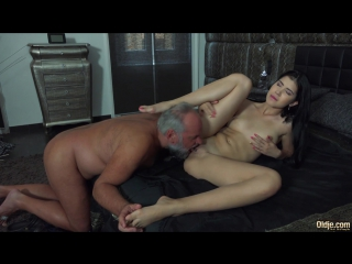 Lady Dee [2017 г., Oldman & Young girl, blowjob, 1080p]