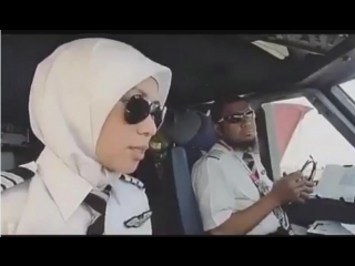 How beautiful to see womens in a cockpit, I especially loved this video because this shows that everyone can fly 😍🛫👨✈️👩✈️