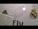 Получи футболку с автографом Роналду!