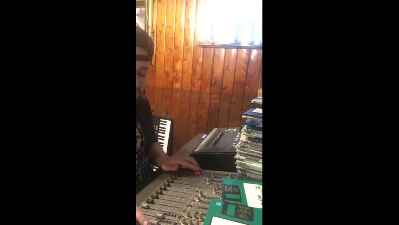 Nick Wiz - Excavation Hip-Hop in the Cellar - E-MU SP1200 AKAI S950 - 01 12 2017 - Everyday Routine