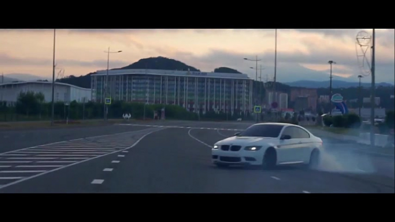 BMW M3 E92 Crazy Street Drifts-2