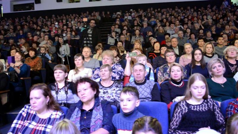 Приветственное слово Владыки Аксия на Рождественском благотворительном концерте 13 01 2018 смотреть онлайн без регистрации