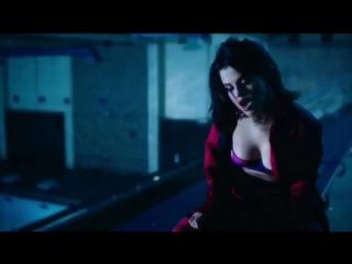 Selena Gomez - Wolves ft. Marshmello [feat.&]