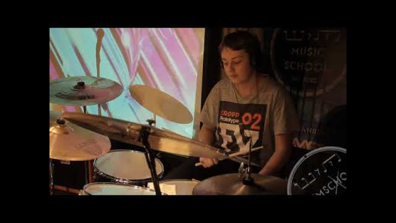 Никита Дубец. Green Day - Holiday (drum cover)
