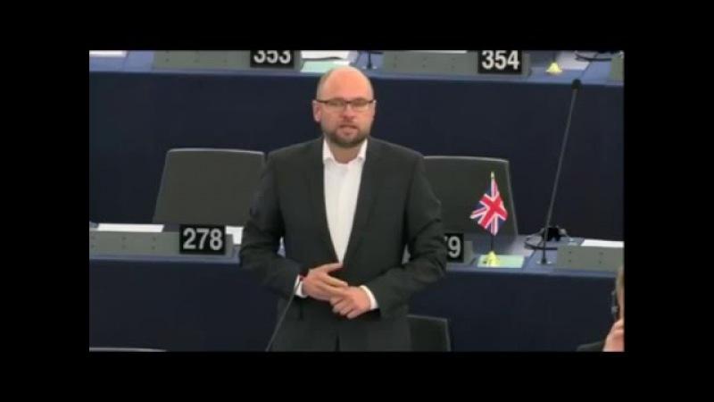 EU Parlament Angela Merkels unverantwortliche und vernichtende Politik!