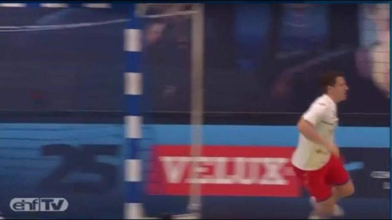 Классный гол Симона Разгора в матче против ПСЖ