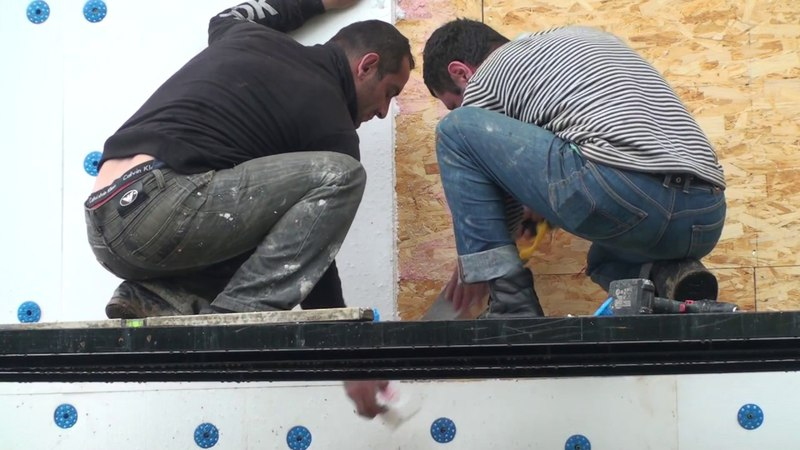 Исправление ошибки при приклейке пенопласта на каркасный дом, стыки листов пенопласта и OSB