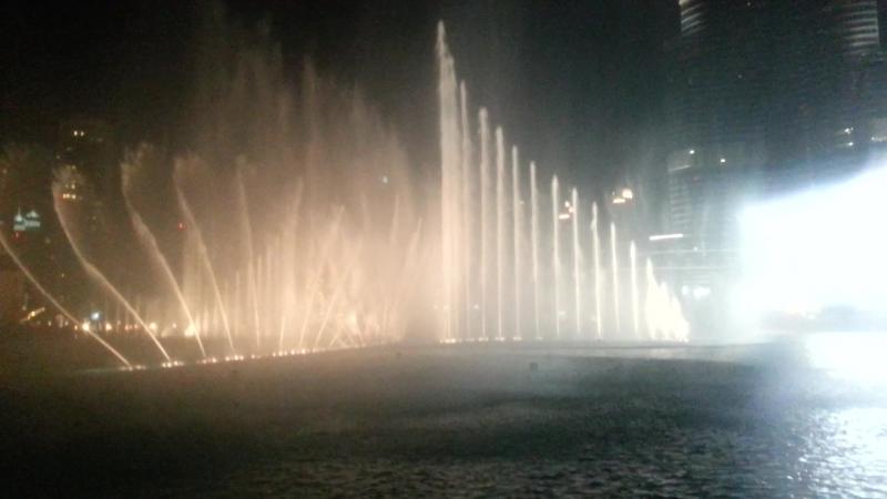 Dubai Fountain «I Will Always Love You»