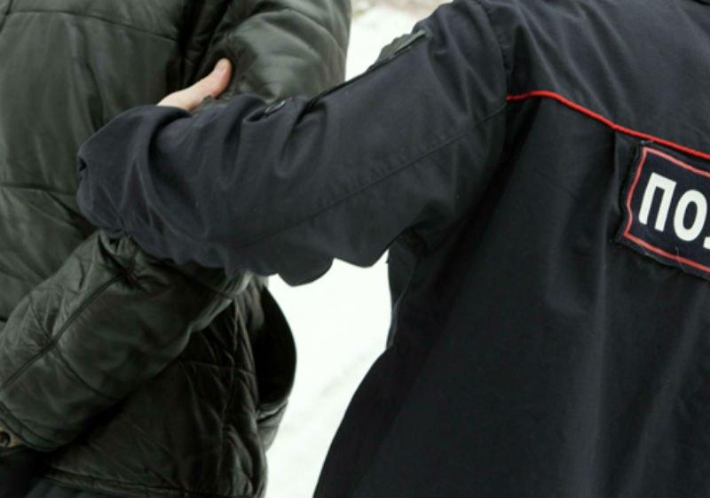 61-летнего таганрожца осудят за избиение полицейского