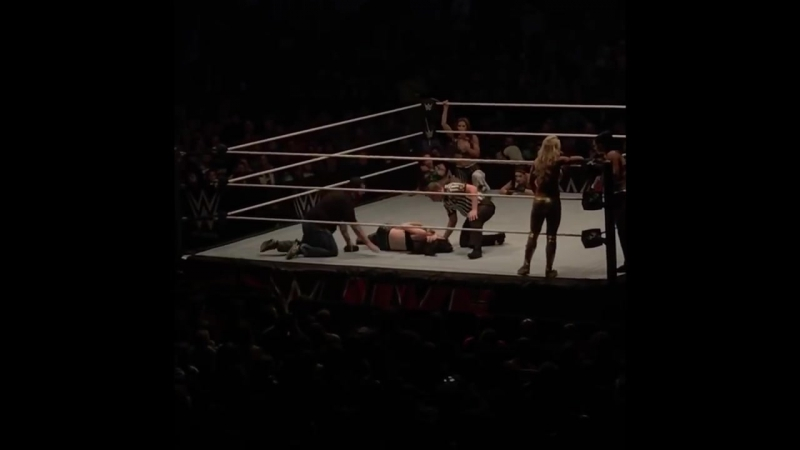 Paige injured at WWE live event in Uniondale New York