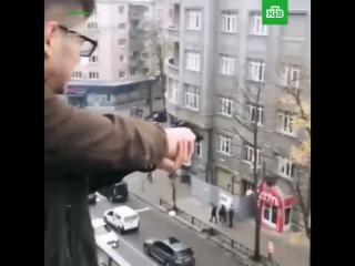 Харьковский мажор открыл стрельбу по прохожим