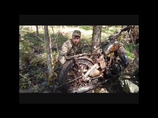 Найден мотоцикл в Новгородских лесах