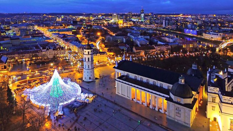 Я тут на несколько дней попал на историческую родину - в Литву, так что если кому-то буду срочно нужен - пишите в личку,а если нет - не пишите, скоро вернусь =)