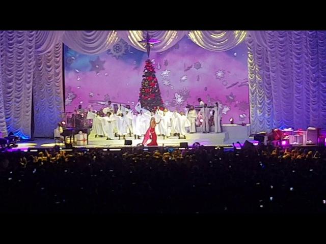 Mariah Carey Christmas tour Manchester 2017 Joy To The World