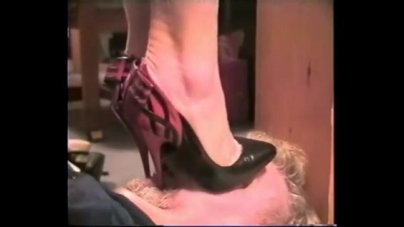 понимает, тардиоли топтать каблуками голову раба забирает сажает