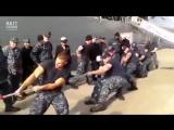 Русские моряки против американских. Перетягивание каната