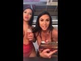 Instagram live sexy Nicole Snow засветила соски