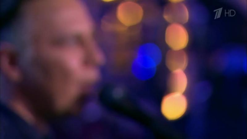 Вечерний Ургант. Мумий Тролль — «Это по любви».(29.12.2015)