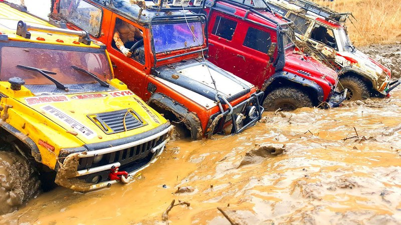 RC Trucks Extreme MUD UpHill — Jeep Cherokee Axial SCX10 ii, Hummer H2, Traxxas TRX4 Land Rover
