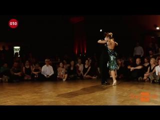 Maja Petrovic and Marko Miljevic - Caserón de tejas