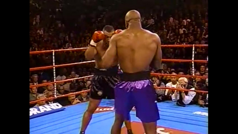 1996 11 09 Mike Tyson vs Evander Holyfield 1 бой
