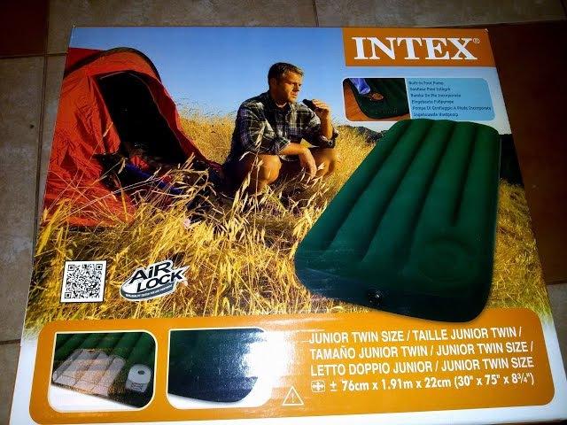 Обзор надувной матрац-кровать INTEX со встроенным насосом.