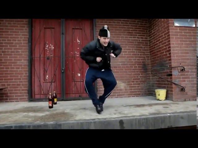 Пацандобль или как танцует гопник у подъезда с пивом