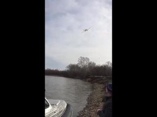 Очевидцы сняли на видео момент крушения самолета в Хакасии