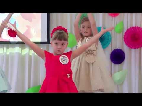 Классный зажигательный танец девочек на выпускном в детском саду 2018 📹 СтудияНастроение