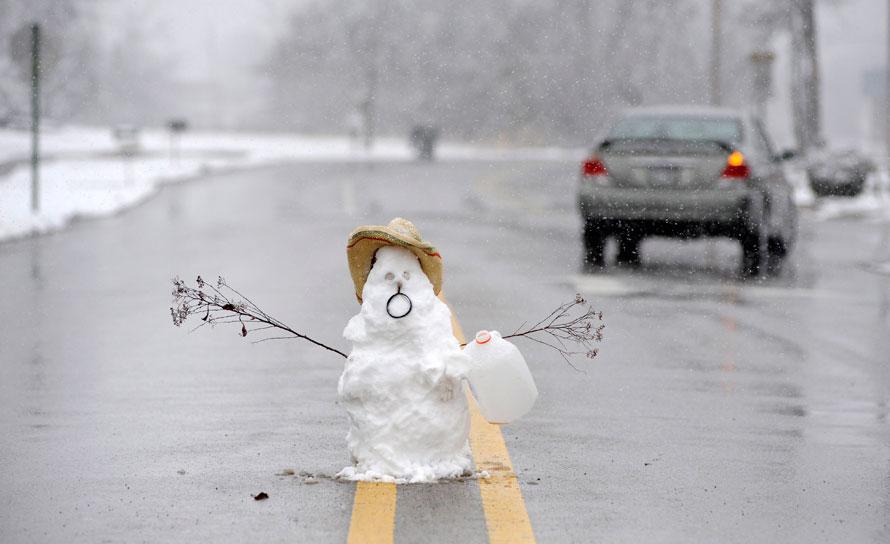 Прикол, картинки с весенней снежной погодой смешные