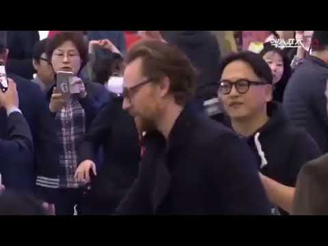 Tom Hiddleston Arrives In South Korea