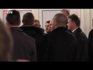 Владимир Путин открывает новую дорогу под Санкт-Петербургом