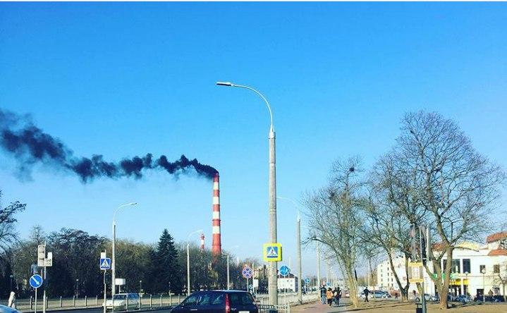 Чёрный дым из трубы ТЭЦ: вся правда о том, почему и зачем