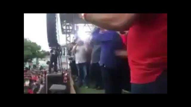 Lula é vaiado em Sergipe e a imprensa finge que não vê