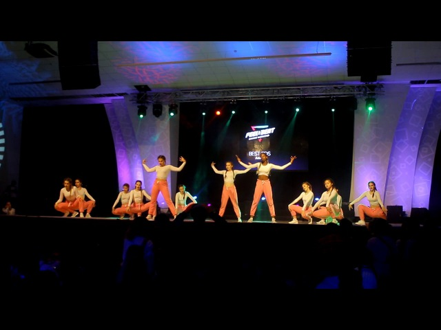 Feel the beat Bershka Crew Тренер: Алина Кучеренко All Stars Dance Centre 2017