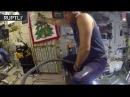 Непыльная работа — российский космонавт Антон Шкаплеров оседлал пылесос в невесомости