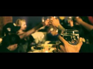 Jim Jones - Top Of The Year (feat. Sen City, Mel Matrix, T.W.O, Lady H, Trav, Shoota & Chris Luck)