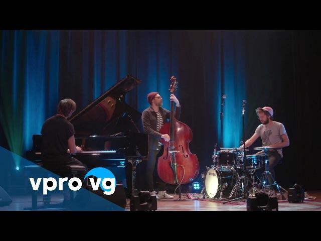 Colin Vallon Trio - Colin Vallon/ Smile (live @TivoliVredenburg Utrecht)