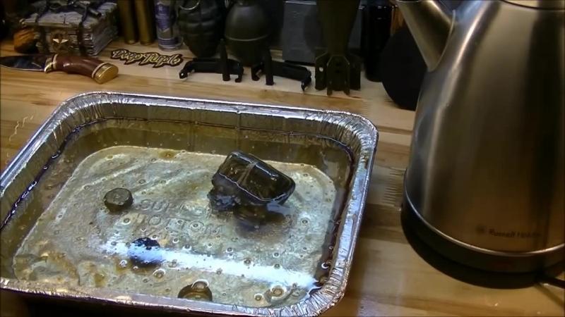 Как удалить масло с металла