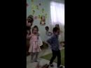 Не пускайте папу на утренники в детский сад