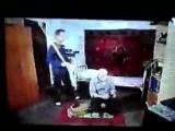 универ-кузя учит играть петровича в приставку