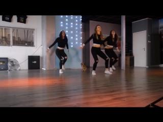 X (EQUIS) Nicky Jam  J. Balvin - Easy Fitness Dance Choreography - Baile - Coreografia (1)