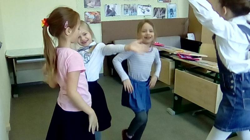 Учим русский алфавит под музыку