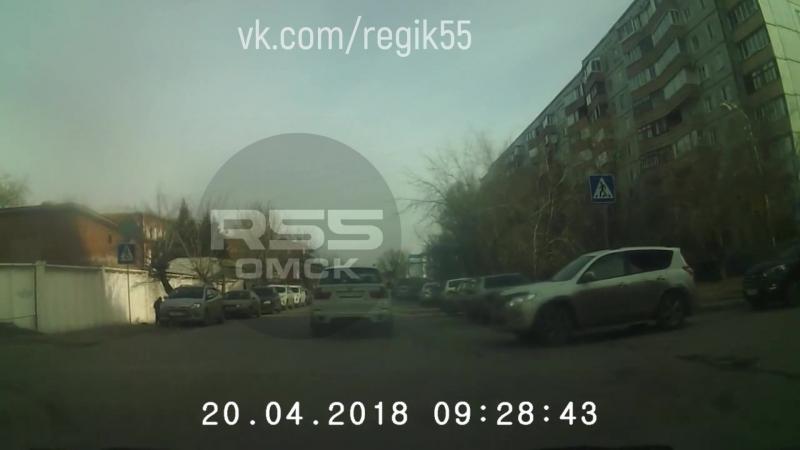 Небольшое утреннее столкновение на ул. Куйбышева.