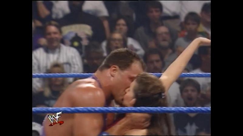 Stream! WWE SmackDown от 21 сентября 2000 с участием Рока, Гробовщика, Игрока, Курта Энгла и других звезд